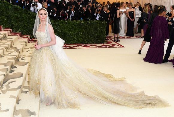 met-gala-2018-red-carpet-best-looks-kate-bosworth in oscar de la renta